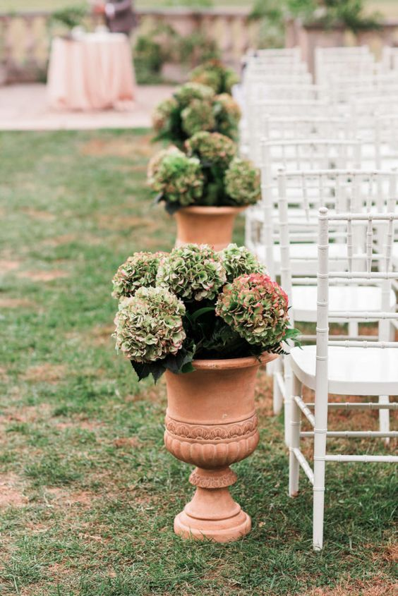 Heavenly Hydrangea Bouqet & Decor ideas