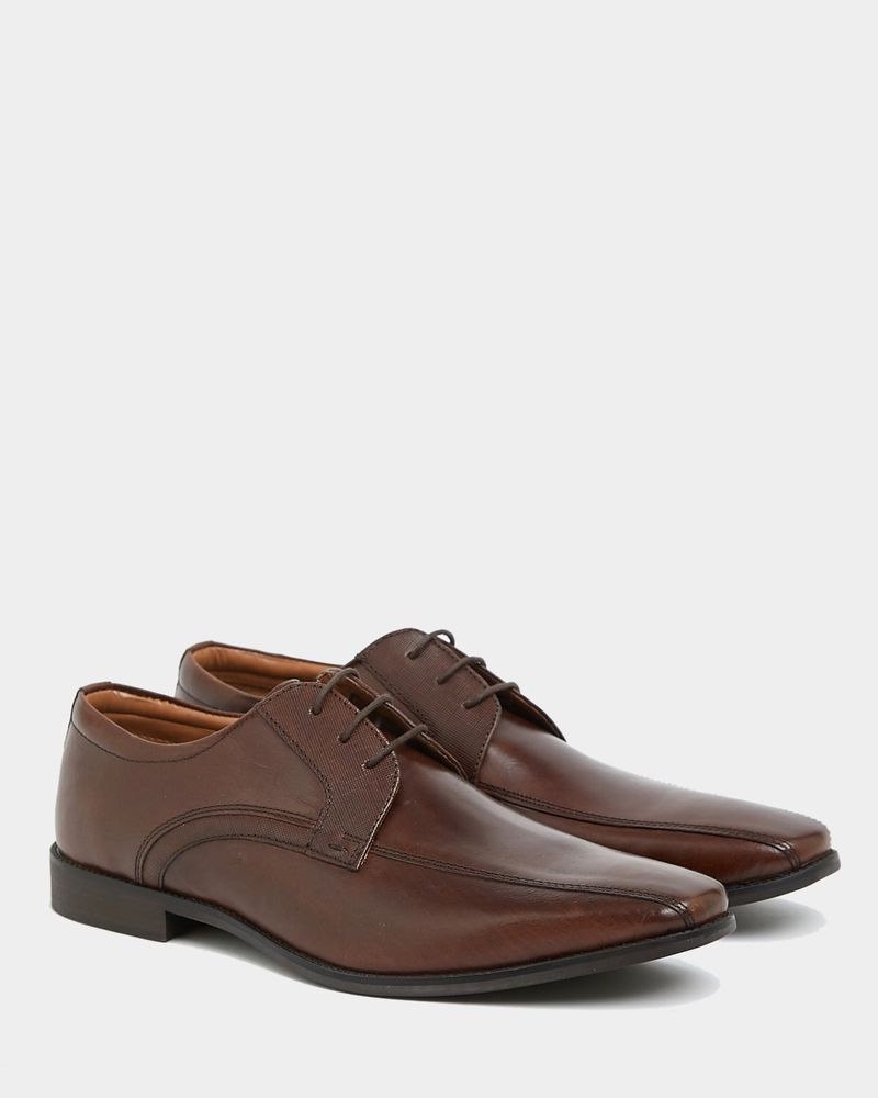 Stylish Shoes For The Groom
