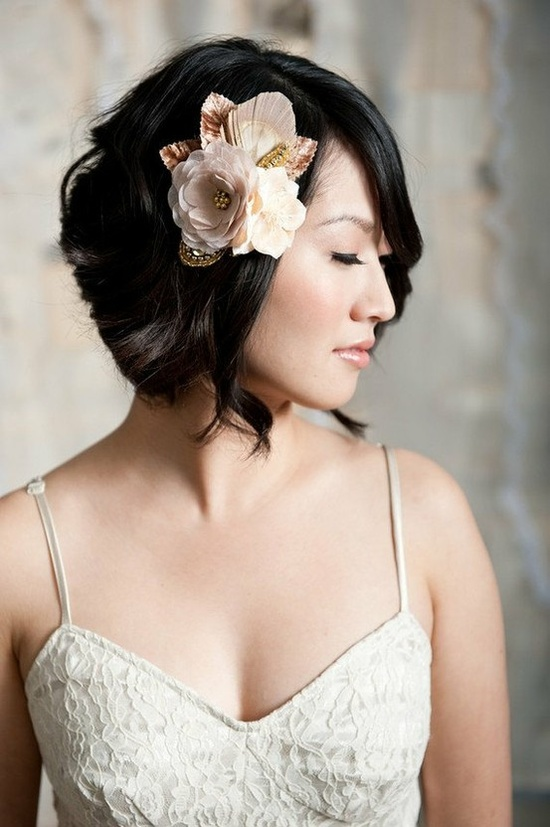 side short hair wedding style bride