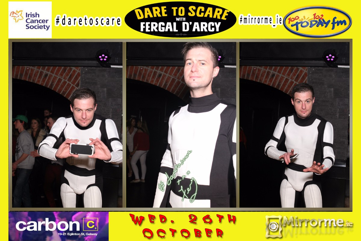 Today FM's Fergal D'arcy using Mirrorme.ie in Carbon Nightclub Galway at Irish Cancer Society Fundraiser