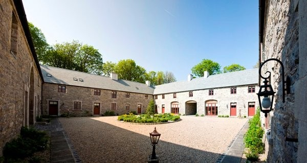 Clonabreany Courtyard