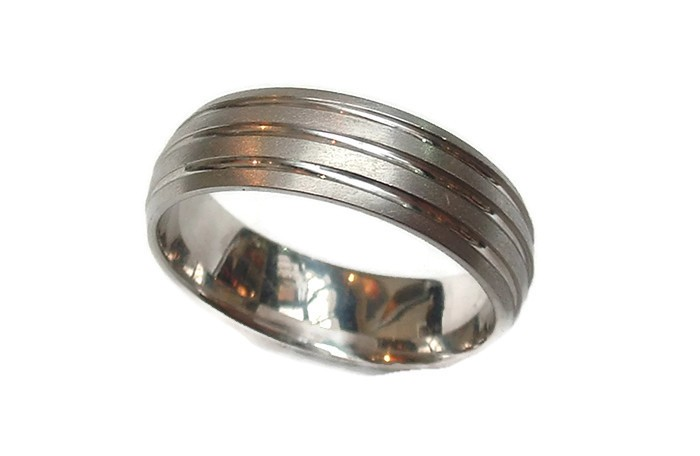 7mm Triple Groove Domed Ring