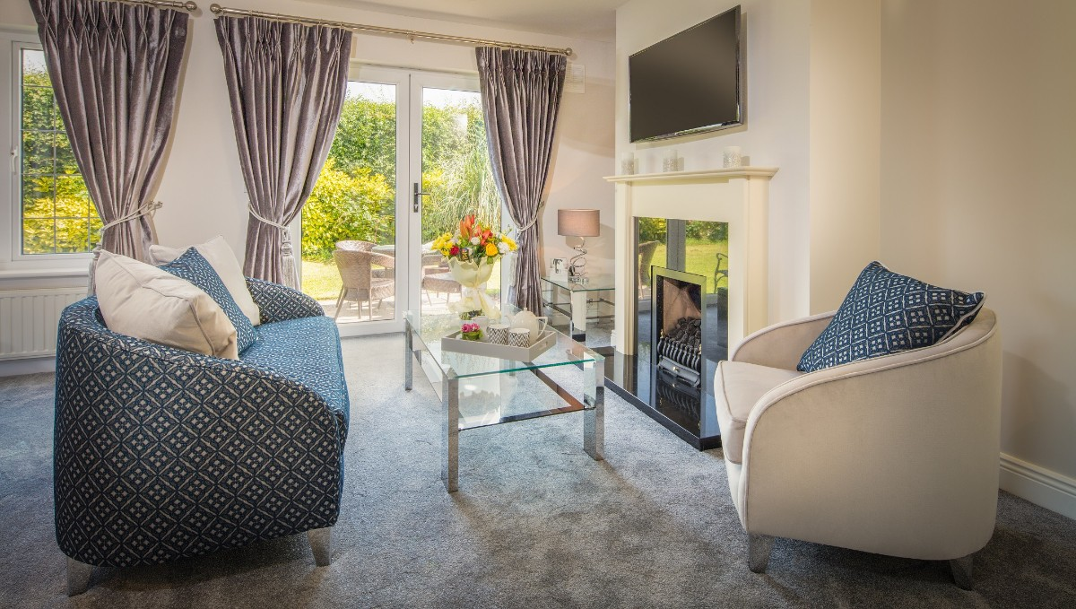 Living Room of the Bridal House at The Avon Lakeshore Wedding Venue