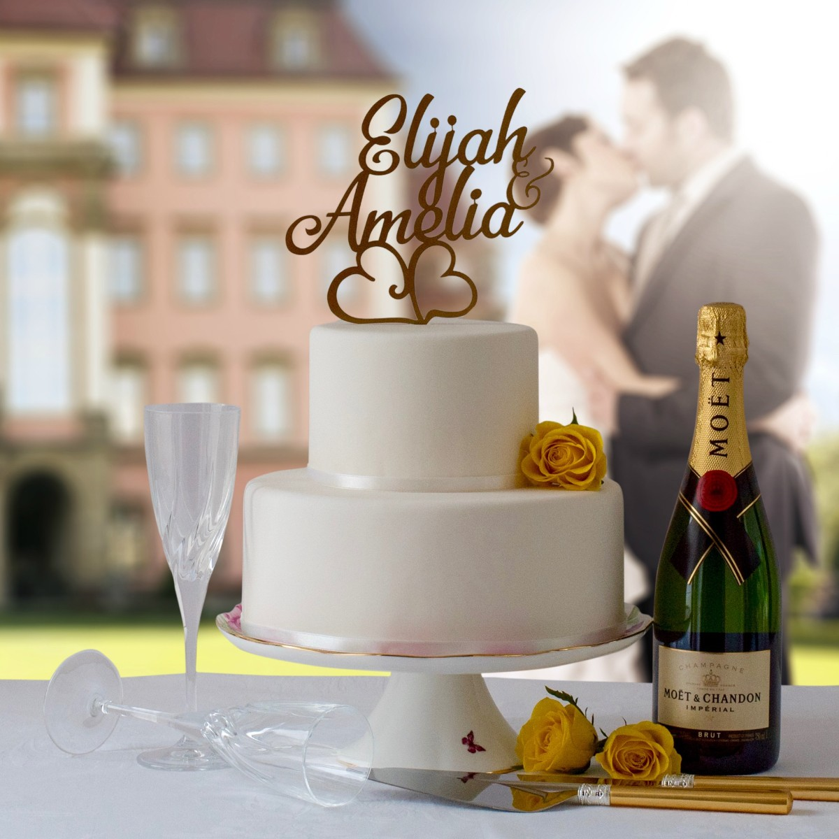First names in gold cake topper