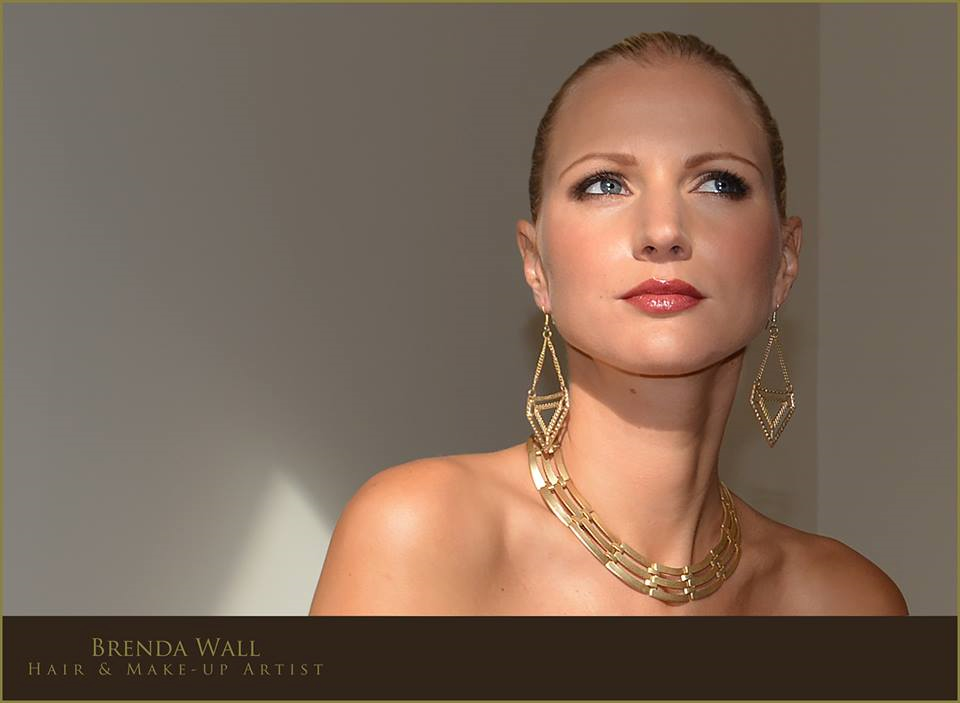 Make-up Artists - Brenda Wall Professional Freelance Hair and Make up Artist - touchofabrush