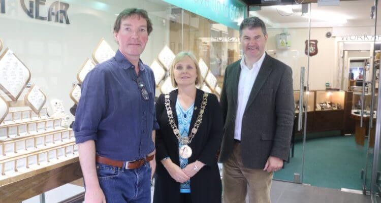 Martin gear and the lord mayor