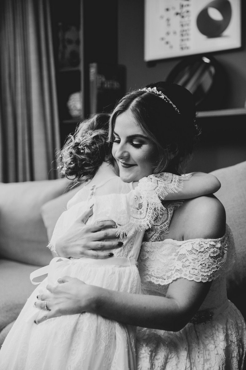 Flowergirl - Laura and Benny Photography