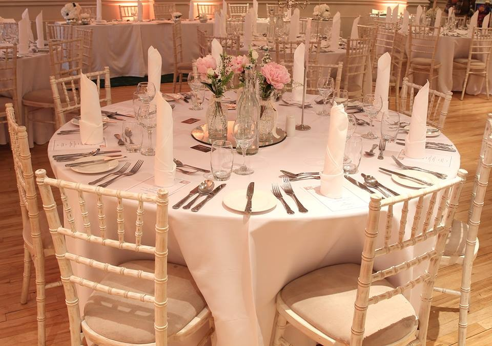 Round Table dressed for a Wedding