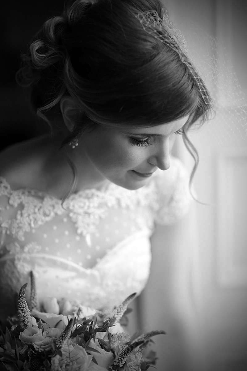 vintage bride, romantic style, real wedding at Castle Durrow, documentary style, natural, reportage, candid, black and white,
