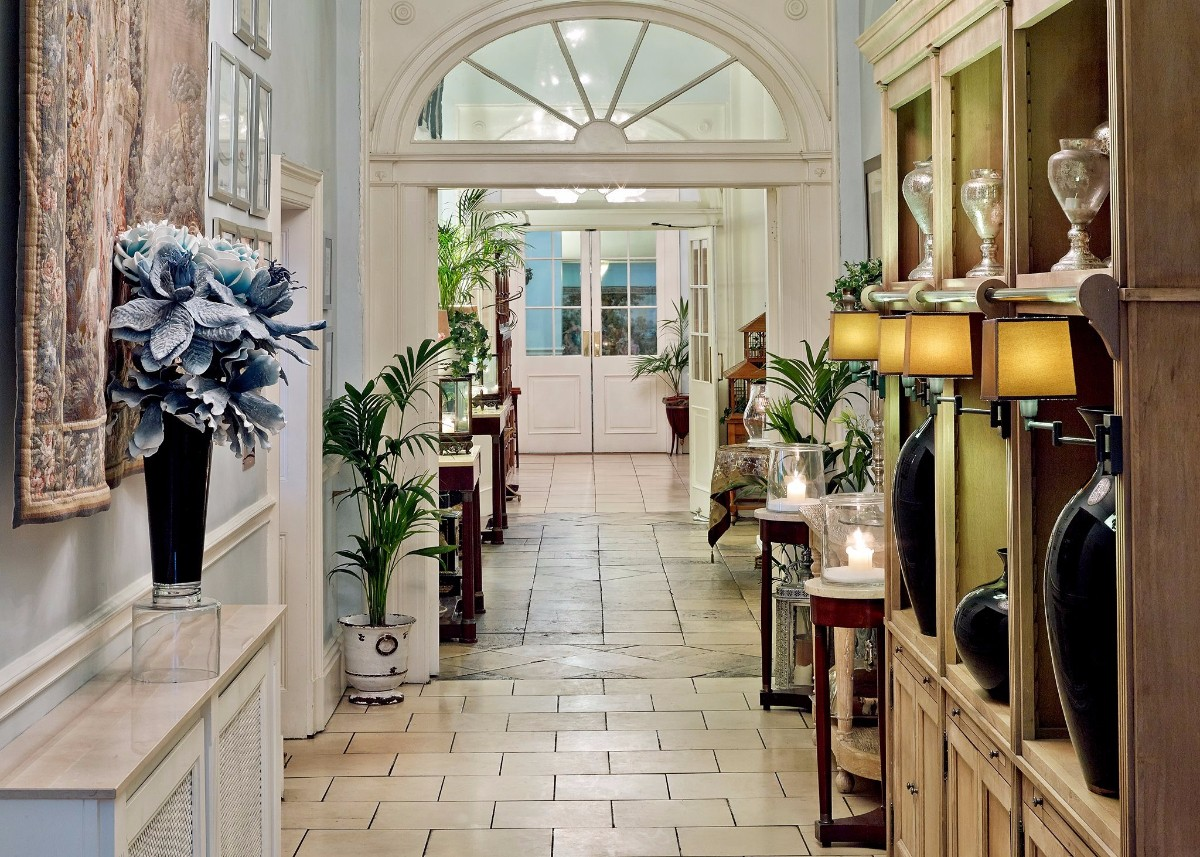 The Hallway leading to Reception