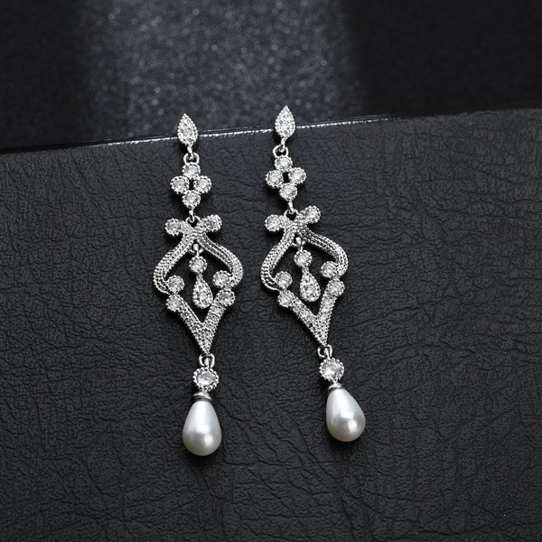 Art Deco Style Pearl and Crystal Silver Earrings