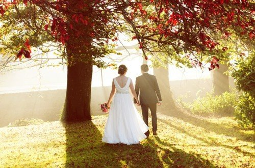 bride, groom, wedding, autumn, light, autumnal, haloween, forest, romantic, natural