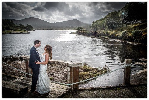 Weddings in Sneem, Bride and Groom, Rain on your wedding day, Tara Donoghue Photography, Sneem