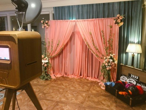 Vintage Pod Photobooth Hire - Candylady
