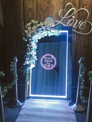 Selfie Mirror Hire - Candylady
