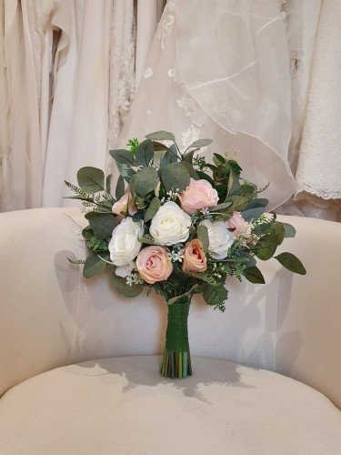 Artificial Flowers - Flower creations by Nicola