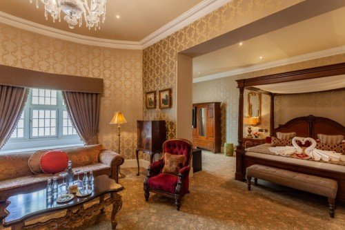 Castle Honeymoon Suite