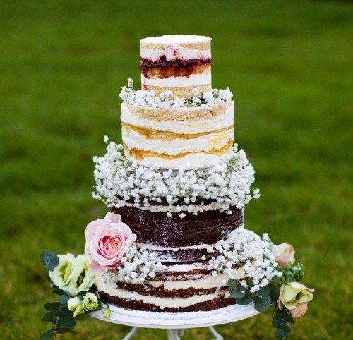 Oozing layers Wedding Cake