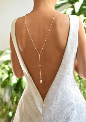 CLASSIC Graceful White Pearl Swarovski Silver Backdrop Necklace