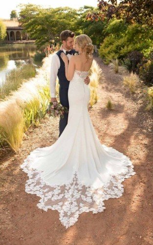 Essense of Australia Bridal Gown