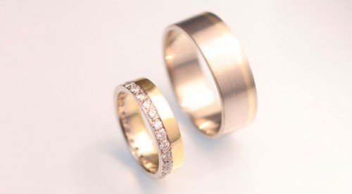 coloured gold inlay wedding bands