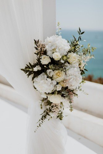 Destination wedding planner- weddings by Rebecca. Lady of the rock Portuga