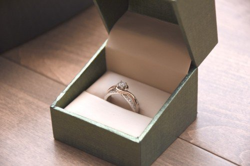Engagement Ring in Rose Gold and White Gold