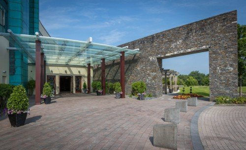 Fota Island Resort Entrance