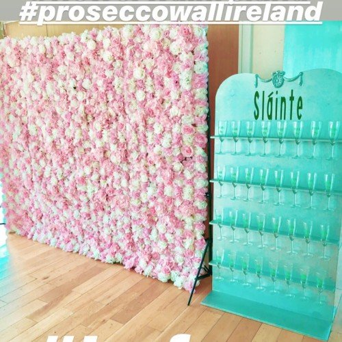 Flowerwall & Prosecco wall