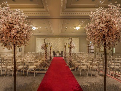 Hotel Wedding Venues - The Johnstown Estate