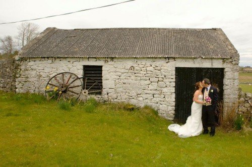 carol dunne photography wedding photography couple bride and groom happy love relaxed natural documentary photography countryside cottage just married county roscommon