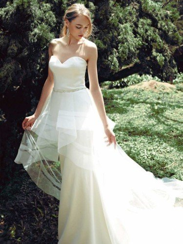 Janessa by Enzoani Bridal Gown