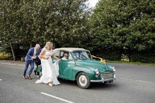 Vintage Wedding Car - Laura & Benny Photography