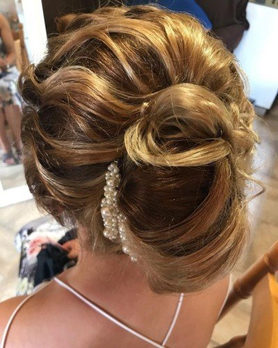 Make-up Artists -  Styles N Smiles Hair and Beauty Salon and Freelance Hair and Beauty