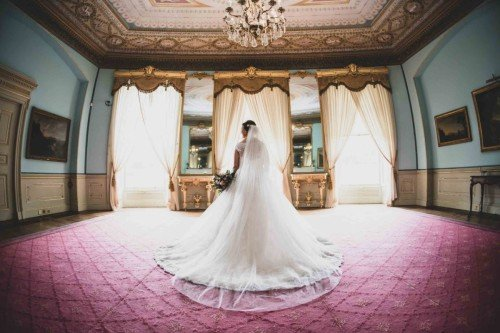 Classic Wedding - Laura & Benny Photography