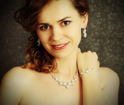 MAYA Vintage Swarovski Pearl Crystal Necklace Bracelet and Earring Wedding Set