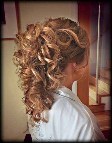 natural curls bridal hair