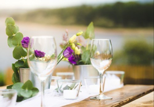 Outdoor wedding table setting at The Avon Lakeshore Wedding Venue