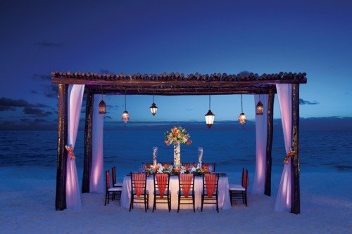 Travel Agents - Classic Resorts - Worldwide Luxury Honeymoons