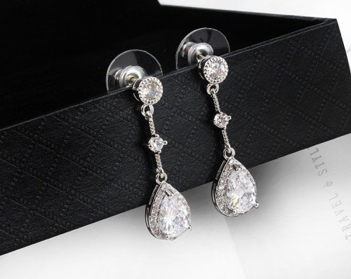 Vintage Style Crystal Teardrop Silver Earrings