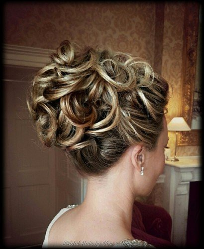 Bridal hair textured upstyle