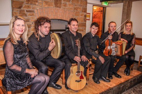 Wedding Bands - DUBLIN CITY FOLK Ireland's most recommended and versatile trad band for weddings, corporate and parties.