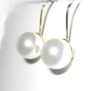 Pearl Fish Hook Earring in Gold 8mm