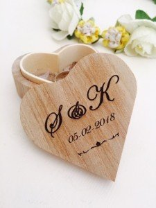 Personalised wedding ring box