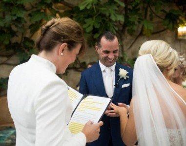 Wedding Celebrants & Registered Solemnisers - Minister Miriam Fitzgerald - Solemniser